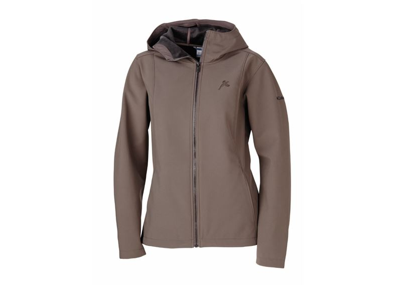 899d2cd8d20c5 A clean design with wind-breaking, water-shedding capabilities, this softshell  jacket will protect you from less-than-savory weather with the kind of ...